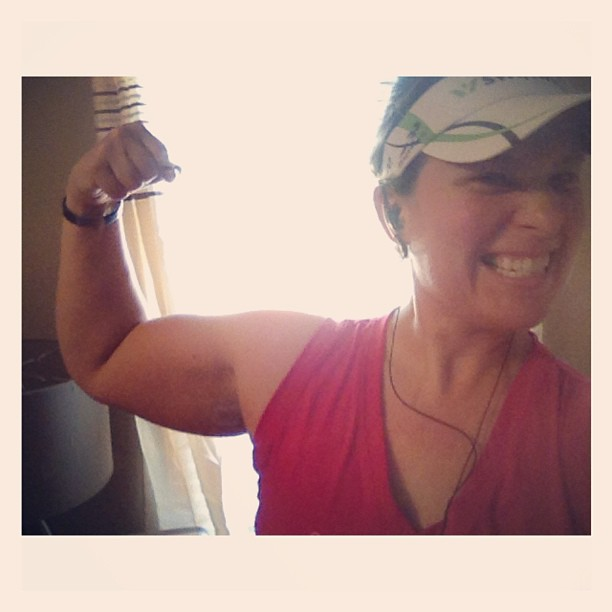 A little more on the bottom half of that arm than I would like... But channeling my hero @milesmusclesmom anyway!  One hour down. #imcda
